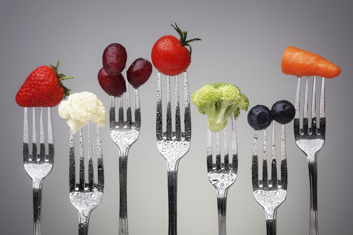 antioxidant foods on forks