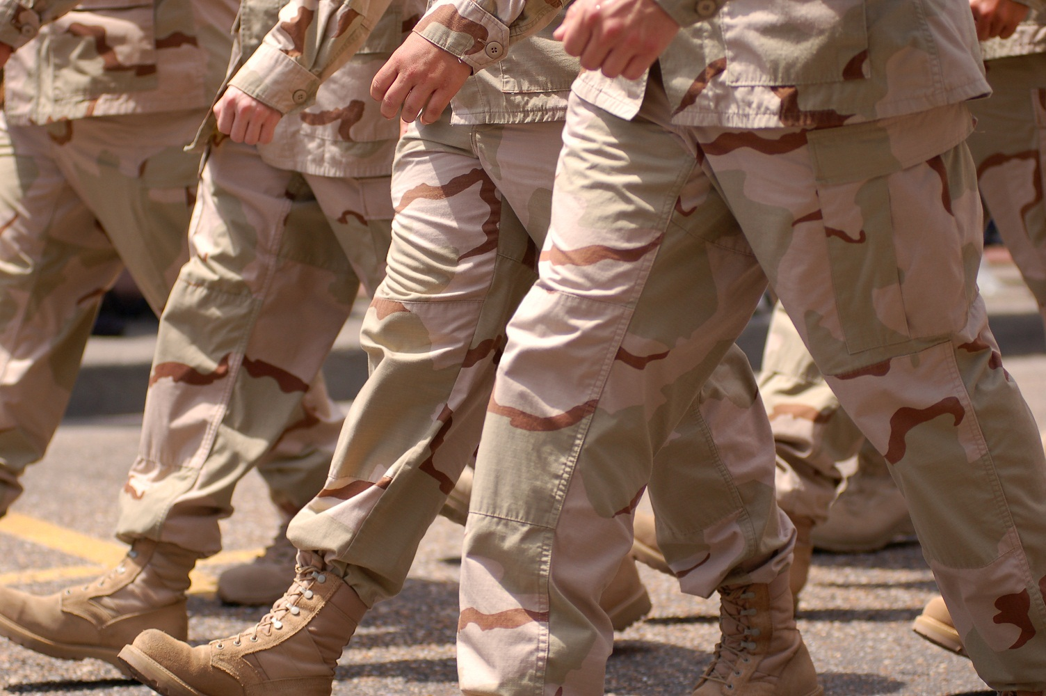 Gulf War soldiers marching